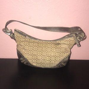 Coach handbag or shoulder bag